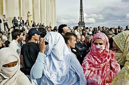 Об экуменизме и модернизме в 15-м округе Парижа