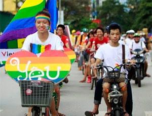В Ханое состоялся велосипедный гей-парад