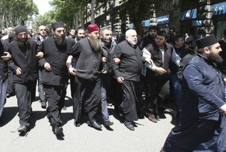 Грузинское духовенство против закона о защите геев