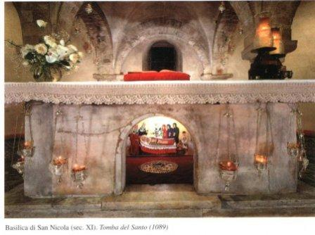 Почитание святых мощей - особенность истинной Церкви