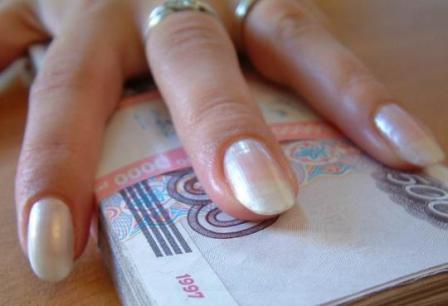 Сребролюбивую жительницу Краснодара подвела жажда наживы