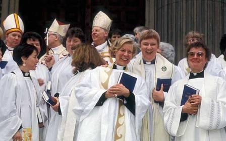 Разве может быть женский или женато-замужний епископат?