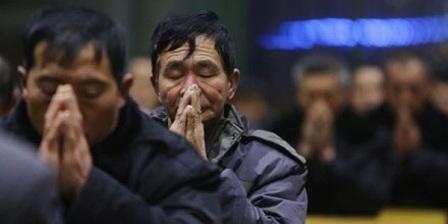 «Вежливые люди» Ватикана и крест для Китая