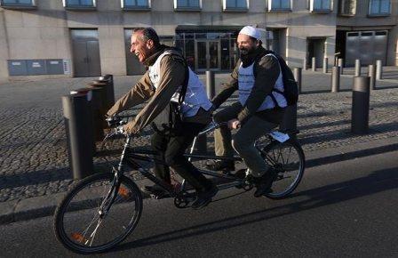 Велосипедное объединение имамов с раввинами